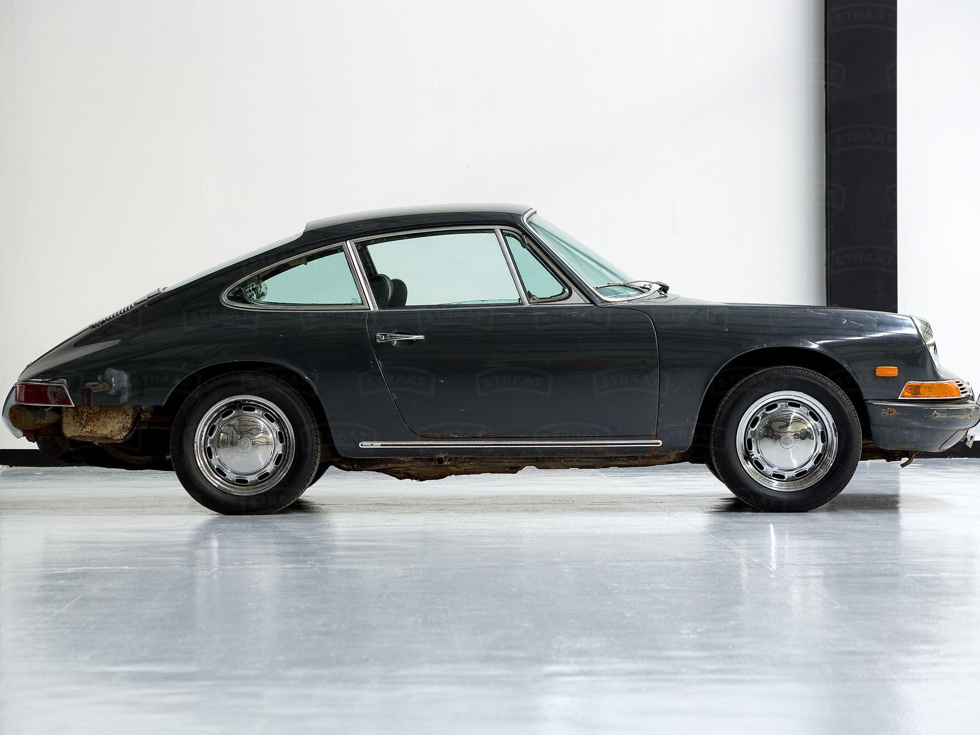 1968 Porsche 911 Slate Grey